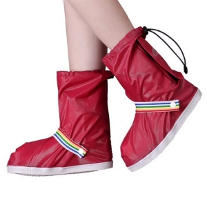Wholesale high quality waterproof lady's new fashion design   rainbow plastic rain shoes cover